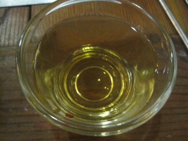 대통주 (Daetongju) had this crisp taste to it. I would compare it to a white wine. It was nice and refreshing at the end of the meal.