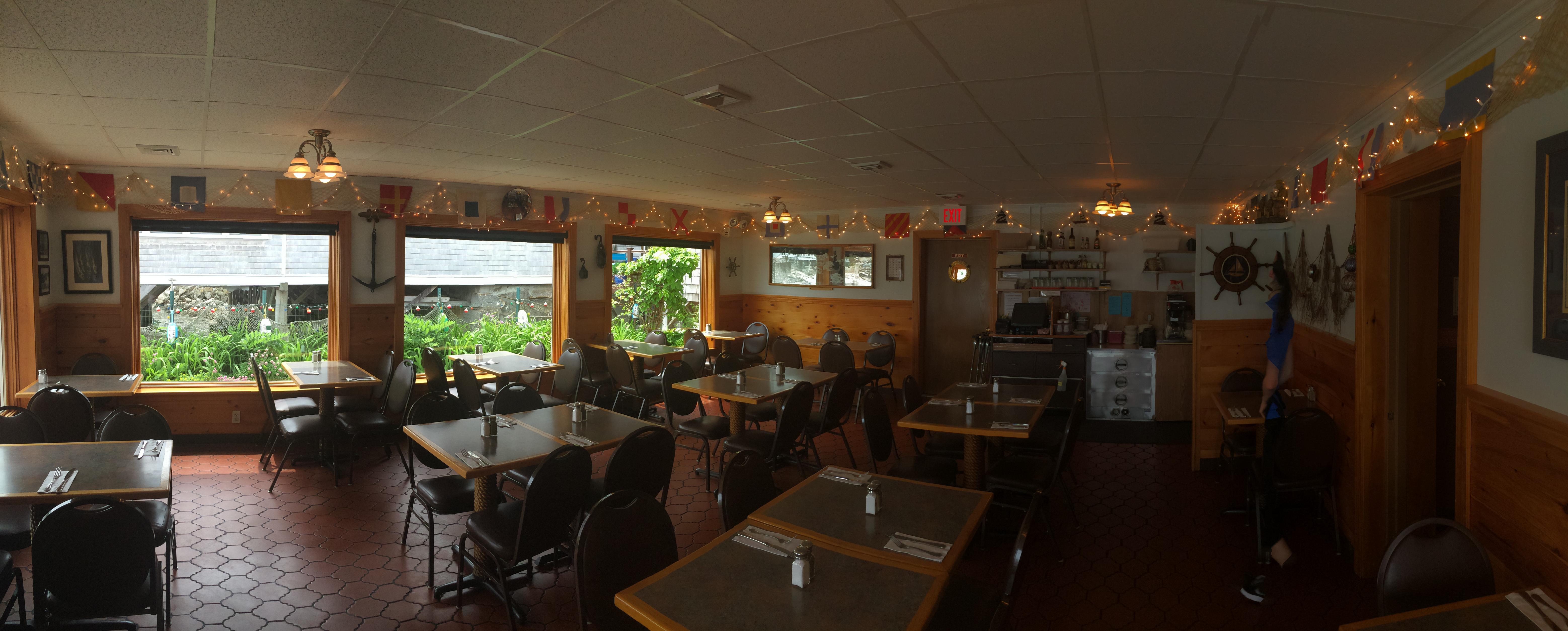 Ellens Harborside Restaurant In Rockport Massachusetts Amazing