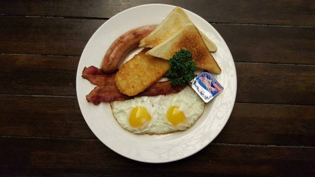 3 alley pub full breakfast 2